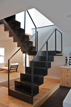 Escalera de hierro metaldone