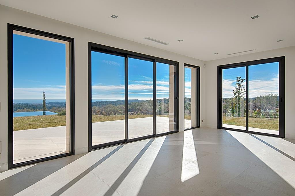 puertacorredera-ventanascorredesas-metaldone-cortizo