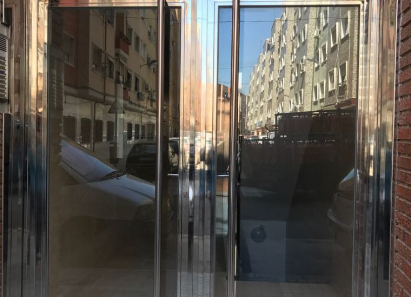 Puerta acero inoxidable-Metaldone