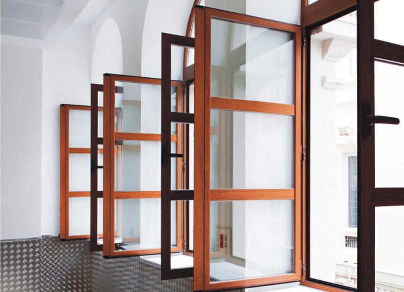 VEntanales-puerta batiente de aluminio-cortizo-metaldone